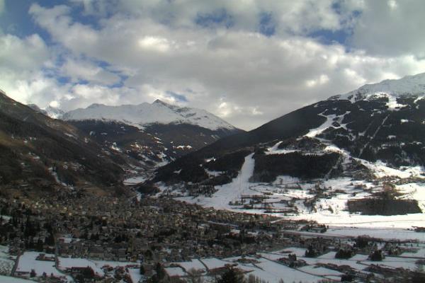 """CdM di sci alpino: la """"Stelvio"""" teatro del recupero della Val Garderna"""