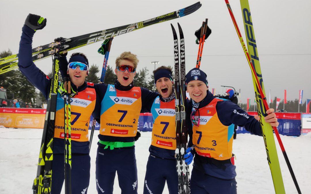 """Mondiale junior di sci nordico. Federico Sosio """"una medaglia di grande valore"""". Scoppia la festa tricolore ad Oberwiesenthal (foto gallery)"""
