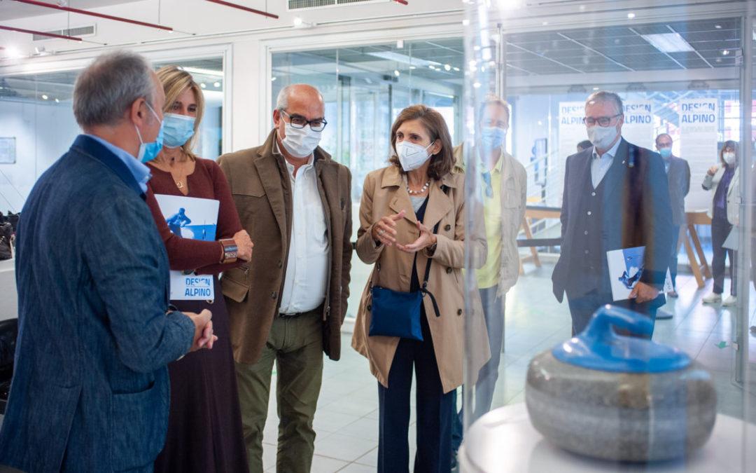"""Presentata a Milano la mostra """"Design Alpino, sport invernali cento anni di passioni"""" presso Lo Spazio Mostre del Politecnico"""